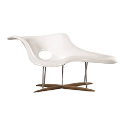Fine Mod Imports - Accent White Shell Day Lounge Chair - Features:
