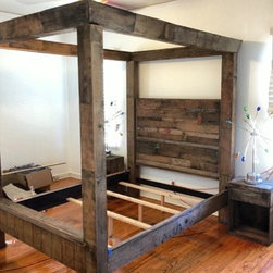4 Poster Bed -