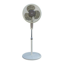 16-inch Oscillating Misting Fan
