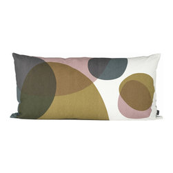 Ferm Living - Melt Pillow - Large - Ferm Living - Ferm Living's Melt cushions are made of 100% organic cotton with a geometric design in a unique, calming colorway. Decorate your couch or use them as headboard cushions on your bed for extra comfort.
