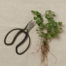Traditional Gardening Tools by Terrain