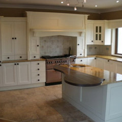 traditional kitchen by Woodale Designs - Keith Fennelly