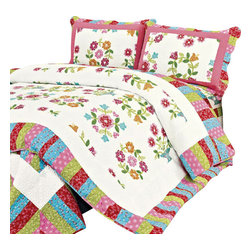 Blancho Bedding - [Zinia]100% Cotton 3PC Floral Vermicelli-Quilted Patchwork Quilt Set Full/Queen - Set includes a quilt and two quilted shams (one in twin set). Shell and fill are 100% cotton. For convenience, all bedding components are machine washable on cold in the gentle cycle and can be dried on low heat and will last you years. Intricate vermicelli quilting provides a rich surface texture. This vermicelli-quilted quilt set will refresh your bedroom decor instantly, create a cozy and inviting atmosphere and is sure to transform the look of your bedroom or guest room.