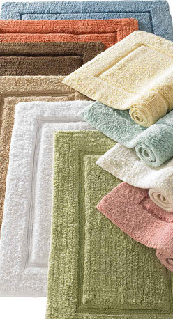 Luxor Linens - Mariabella Bath Rug, Medium, White - Thick, absorbent Egyptian cotton bath rug in 10 colors. Strong, absorbent and luxurious.