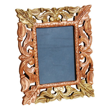 Sierra Living Concepts - Autumn Leaves Hand Carved Mango Wood Picture Photo Frame Gift - Celebrate the beauty of autumn leaves and nature's splendor with our intricately hand carved picture frame.