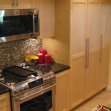 Traditional Kitchen by A-List Construction