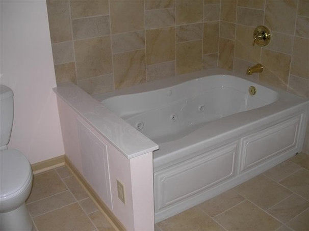 Traditional Bathtubs by Soul Tree Design