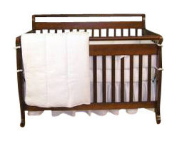 Trend Lab - White Pique Crib Bedding Set - All white elegance in 100% cotton waffle pique. The bumper is a double-sided waffle pique and the quilt reverses to a soft flannel.