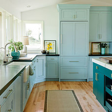 Memorable Touches < Modern Family Kitchen - Southern Living