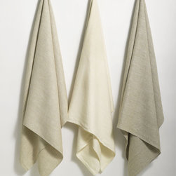 ANICHINI Donatas Linen Towels - Long before the advent of terry cloth the original bath towel was a large linen towel. Still used widely throughout Europe and the rest of the world, linen towels are naturally anti-microbial, more eco-friendly and more durable than terry, and naturally rejuvenate the skin.