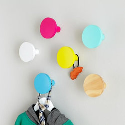Can't Miss Wall Knob, Round - These wall knobs are so fun. They can even be used as wall decor.