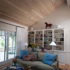 Farmhouse Living Room by Julia Mora Design