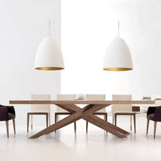 Dining Tables by Planum