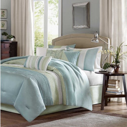 Madison Park - Madison Park 'Chester' Green/Blue 7-piece Comforter Set - Made from polyester jacquard and a brushed fabric reverse,this comforter is soft to the touch and is machine washable for easy care.