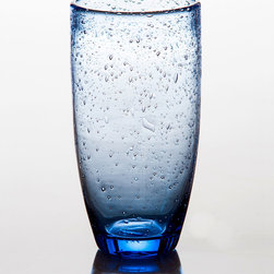 Tutti Fruitti Light Blue Tumbler - Playful bubbles dance upon the entirity of the Tutti Frutti collection in a fun yet elegant manner. Perfect for everyday use in shades of light blue or light green, serve your guests sweet tea in a whimsical glass that blends well different styles of dishware.