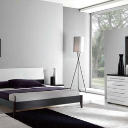 Fashionable Wood Modern Design Bed Set with Extra Storage - Stylish bedroom set with platform bed luxury. The Luxury Platform Bedroom Set will add style and comfort into your bedroom setting.