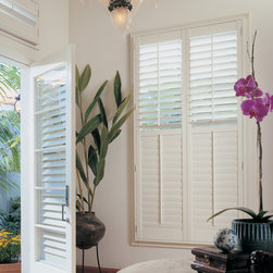 Hunter Douglas Heritance Hardwood Shutters with hinged panel - Hunter Douglas