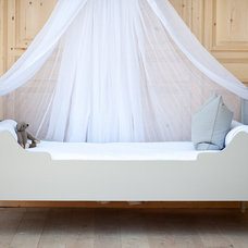 Traditional Kids Beds by Bradshaw Kirchofer Handmade Furniture