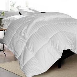 "Grandin Road - Siberian 500TC White Down Comforter - Medium weight luxury down comforter. Filled with lofty, hypoallergenic 600 FP Siberian white down. Double-stitched 14"" baffle-box construction with matched piping. Covered in soft, 500-thread-count, damask stripe 100% cotton. Dry clean only. Discover the sweetest sleep underneath this lofty, medium weight down comforter that's filled with premium hypoallergenic Siberian white down. Every slumbering moment spent with this comforter will be even more divine with details like the 600 fill power, 14"" baffle boxes, and 500-thread-count cotton cover detailed with 2-cm-wide damask stripes and matching piping. This versatile comforter offers a medium down weight that's the perfect year-round layer for the guest or master bed.. . . . . Made in the USA from imported materials."
