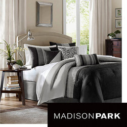 Madison Park - Madison Park Infinity Black/Grey 6-piece Duvet Cover Set - Give your bedroom a casual and contemporary look with this black duvet cover set. The six-piece set offers a refreshing black and grey color scheme with clean-cut lines,making it easy to accessorize according to your own personal tastes.