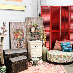 Simply Unique Finds Showroom - Choose from a wide selection of unique pieces at great prices!