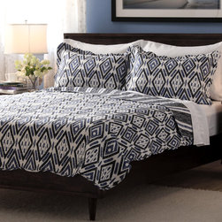 None - Slumber Shop Hayden 3-piece Reversible Quilt Set - A black and blue diamond pattern brings striking geometric flair to the Hayden quilt set,featuring hypoallergenic fill with a soft microfiber construction. Bold and contemporary,this bedding set is reversible to provide your room with two looks.