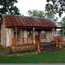 Traditional Home Decor by Tiny Texas Houses