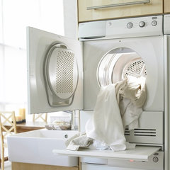 modern laundry room appliances by askousa.com