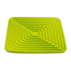 Joseph Joseph - Joseph Joseph Flume Folding Draining Mat, Green - This stylish mat provides a soft rubber surface for draining a variety of cups, glasses and bowls, and is perfect for creating extra draining space when required. Its distinctive, concentric design and sloping base prevent water being trapped in the mouths of upturned cups and bowls and help direct water to the central channel, from where it can be easily drained. By simply picking up the corners either side of the central channel, the mat will naturally fold, allowing water to be