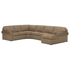Traditional Sectional Sofas by clubfurniture