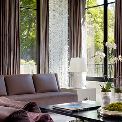 contemporary living room by Rachel Laxer Interiors, LTD