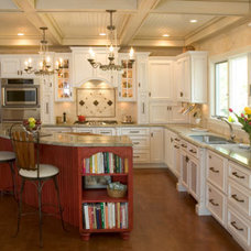 Traditional Kitchen Cabinetry by Kitchens By Design, Inc.
