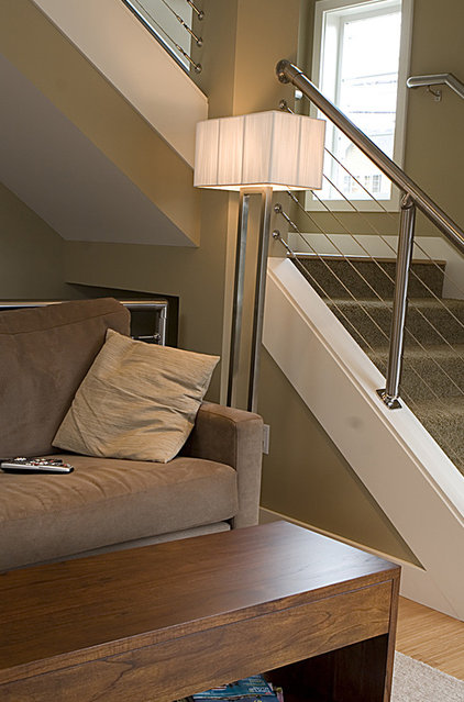Contemporary Staircase by Logan's Hammer Building & Renovation