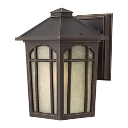 Hinkley Lighting - 1980OZ Hinkley Lighting Cedar Hill - Garnish your outdoor lighting dcor with this traditionally styled outdoor wall sconce lantern. White Linen Glass Shade Sturdy Aluminum Construction Available in Black or Oil Rubbed Bronze finishes