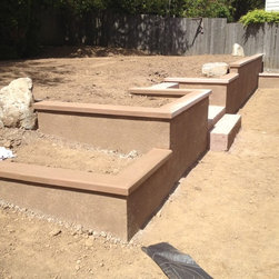 RediPour Wall Systems - J-4263 - Retaining Wall, Planter Wall and Staircase in Wilsonville, OR