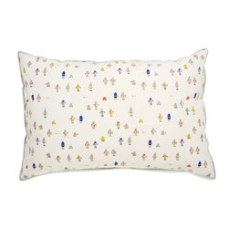 "Auggie - Auggie Robot March Printed Sham - Auggie's Robot March print is a contemporary yet youthful look popular for boys. 100% cotton. Made in India. L20"" x W30"""