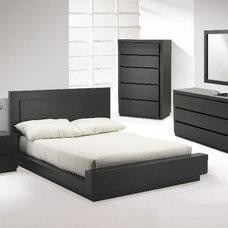 Modern Platform Beds Castella Designer Platform Bedroom Suite By Huppe