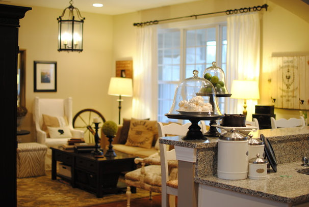 Traditional Family Room by Dear Lillie