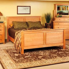 Traditional  by McKinnon Furniture