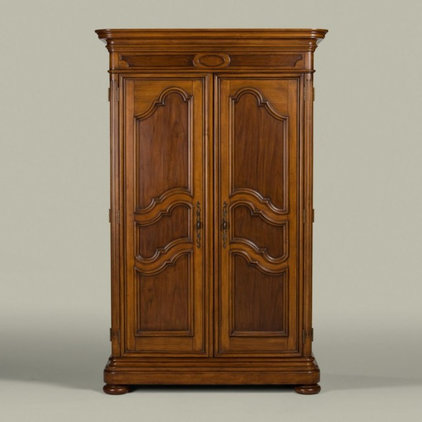Traditional Dressers by Ethan Allen