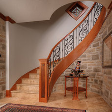 Traditional Staircase by Arcways, Inc.