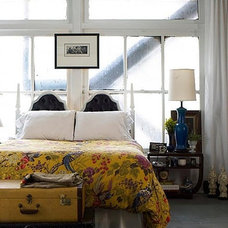 Pull It Off: Beds in Front of Windows | Apartment Therapy