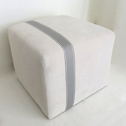 Modern Minimalist Ivory Velvet Pouf Ottoman by Neo Vintage - The simple, clean look of this pouf is easy to bring into your home. It's beautiful and makes great extra seating.