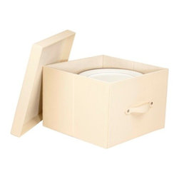 Richards Homewares - Richards Homewares Faux Leather China Plate Storage Box, Dinner-Cream - Store and protect your best china from dust and chipping in the elegant, faux leather plate organizers. The dinner plate size holds 13* diameter plates, up to 12 plates. Comes with 12 plate separators and is easy to put together.