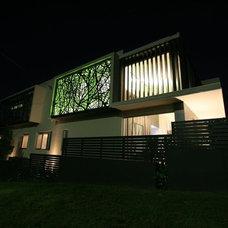 Modern Exterior by Bayview Design Group Australia