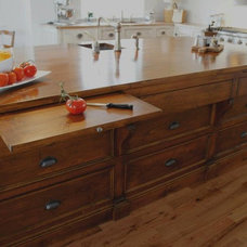 Midcentury Kitchen Islands And Kitchen Carts Traditional Kitchen Islands And Kitchen Carts