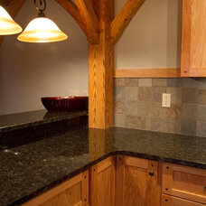 Traditional  by Summit Custom Homes