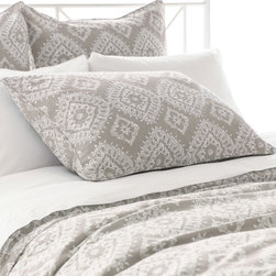 """Pine Cone Hill - PCH Ramala Gray Pillow Sham - Modern style meets globally-inspired design on the PCH Ramala pillow sham. Embodying eclectic sophistication, this accessory's cream diamond pattern excites across a gray background. Tie closure; 60% linen, 40% cotton; Enzyme washed; Insert not included; Machine wash; Available in standard and european sizes; Due to the handcrafted nature, color variations may occur; Designed by Pine Cone Hill, an Annie Selke company Standard: 26""""W x 20""""H; Euro: 26""""W x 26""""H"""