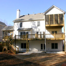 Traditional Deck by Georgia Contractor Group