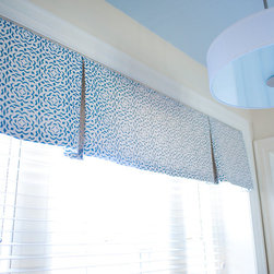 Window Treatments - Bathroom window valance, Philadelphia, photographer:  Annie Hostfeld